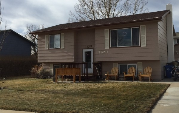 Very Well Kept Split Foyer Home North Of Rushmore Mall In
